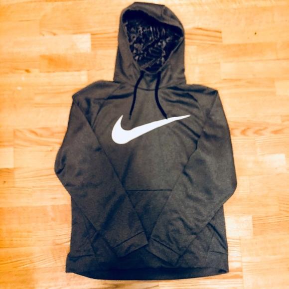 8ab401144c53 NWOT NIKE Dri-fit grey pullover hoodie sweatshirt.  M 5b9a33a8a5d7c62db829c0bc
